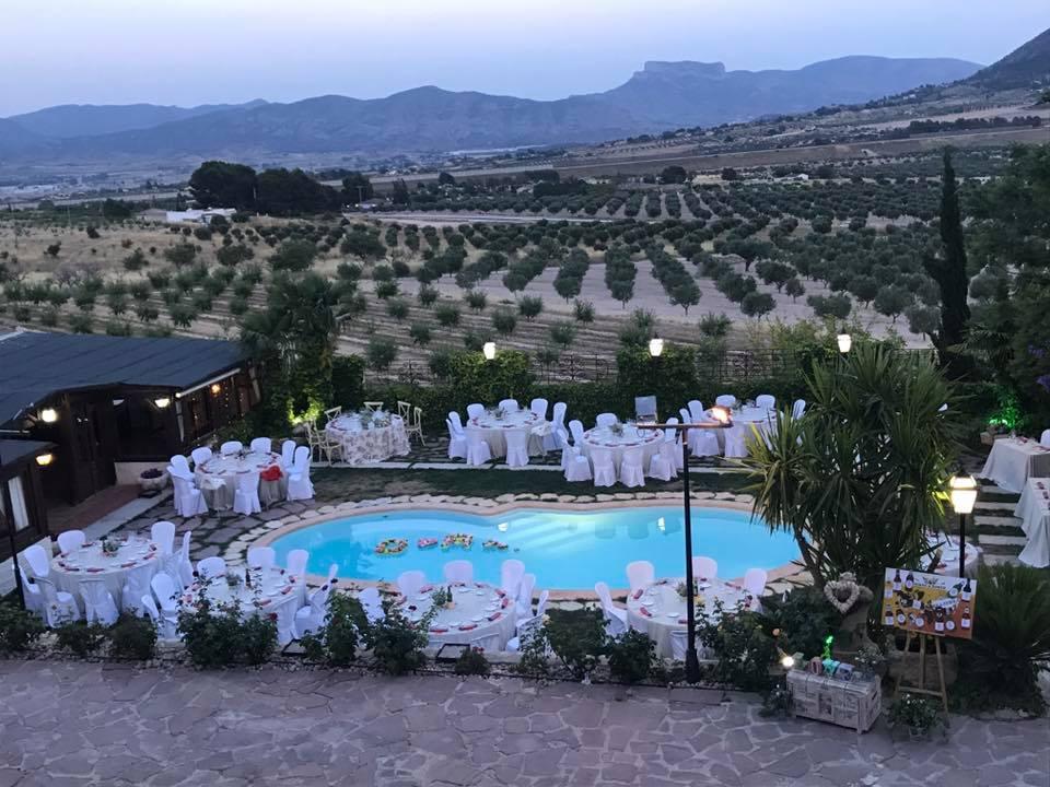 Banquete alrededor piscina Alicante
